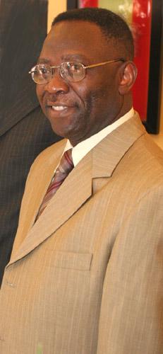 Léon Tshibemba Ngandu-Mbes
